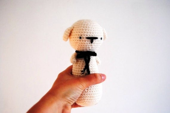 Oscar the Dog, hand-crocheted toy, amigurumi, ready to ship