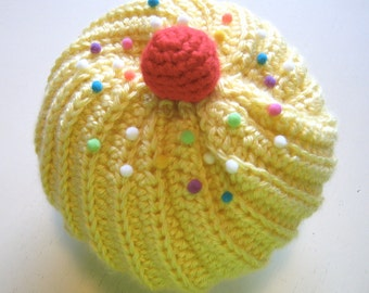 Cupcake Hat with Sprinkles in Lemon Frosting with White Cake and Scallops