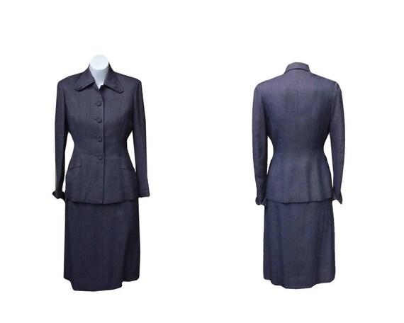 Vintage 1940s Suit / 40s WWII Suit /  Small S / Medium M