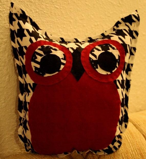 Alabama Houndstooth Owl Friend