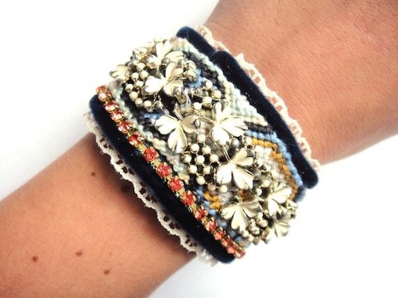Vintage rhinestone friendship cuff bracelet - woodland - vintage coro - autumn harvest colours - orange dark blue off white and mustard