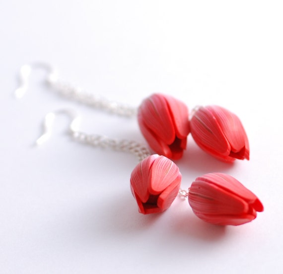 Red flower tulip pair extra long chain earrings