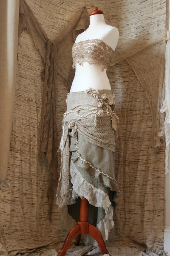 Entwined in Nettle and Roses Garden Skirt : Reserved for widdygreen