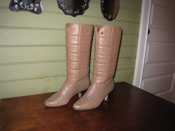 SALE Aigner Boots Size 7 N Camel Color 1970s