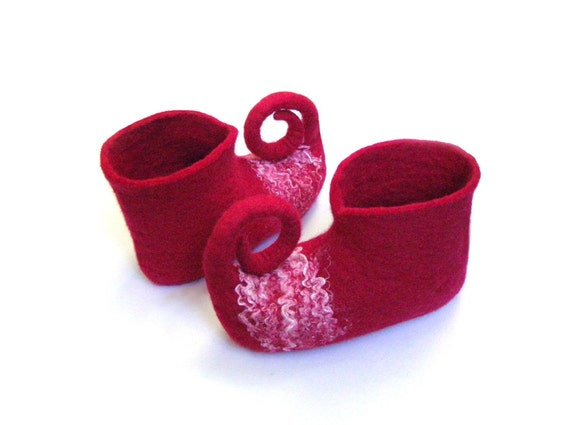Hand Felted Baby, children's Wool Slippers, Toddler Booties / red / SIZE EU 20-33, US Toddler 5-13.5, Little Kid 1-2 / slippers elves, gnome