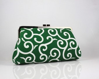 Green and White Modern Floral Pattern kisslock Frame Clutch / Bridesmaid Purse / Wedding Gift - the Christine Style Clutch