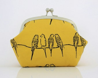 Super Lovely Yellow Parakeet - 6.5 inch Frame Purse