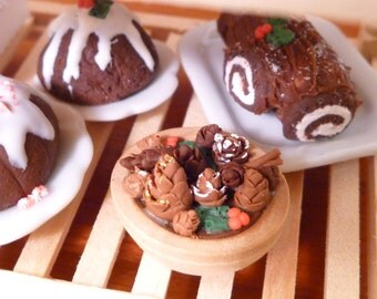 Miniature Dollhouse Christmas Potpourri Bowl Medium 1:12 scale decoration