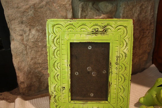 Peruvian Wood Lime Green Picture Frame