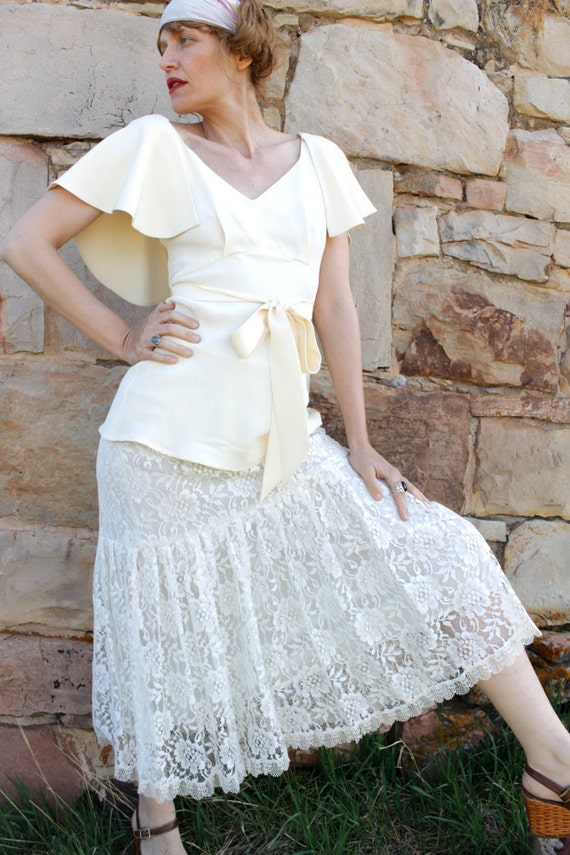SALE........Vintage 1980's Ivory Lace Skirt Drop Waist 80's does 30's ZELDA FITZGERALD