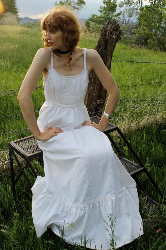 Vintage BOHO 1970's White Cotton Prairie Maxi Dress WHITE RABBIT