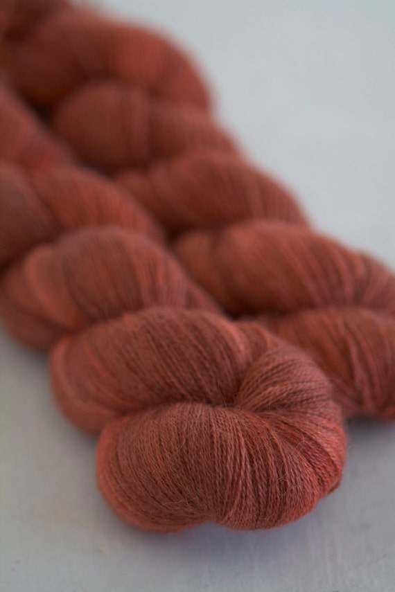 Red Squirrel - fancy lace