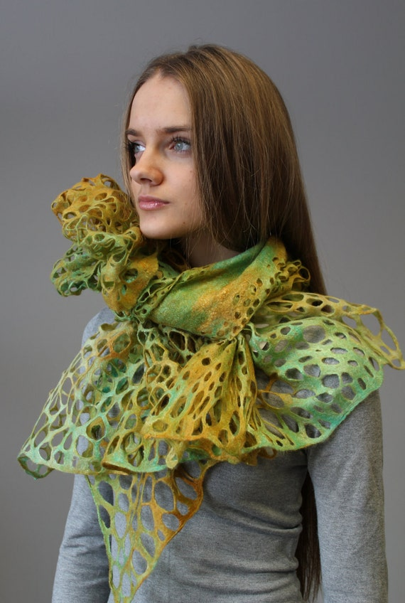"Felted  scarf ""Green rusti light"""