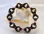 Pink & Black Funky Stretchy Chainmaille Bracelet