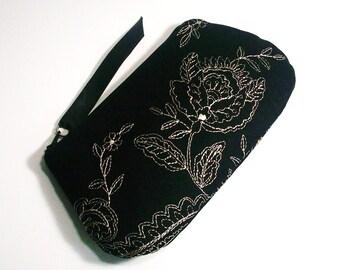 Black Linen Zippered Pouch Clutch Purse