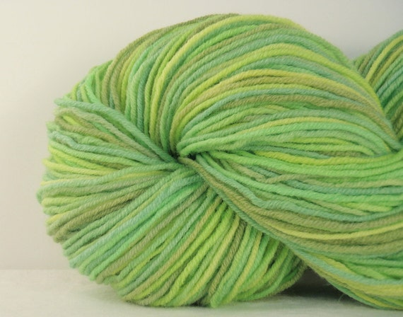 Spring Green - Hand Dyed Worsted Weight Yarn - 100% Wool
