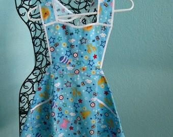 Little Girl's Apron, childs, toddler, pockets, light blue,