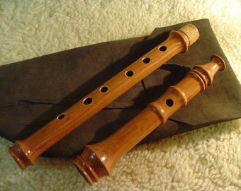 Heritage Music Keyless Irish Folk Flute Solid Cherry Wood with Leather Woodwind Bag