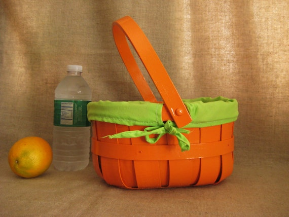 Tangerine Basket with Limeade Liner / Picnic or Lunch Basket in Tangerine and Lime