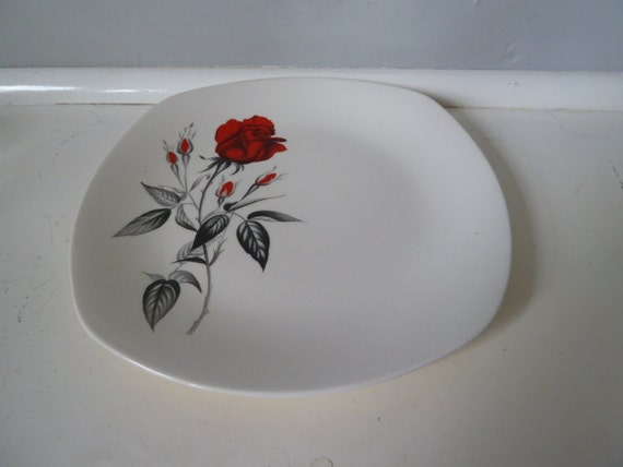 Midwinter 'Carmen'' Rose pattern 1960s plates - MATCHING ITEMS AVAILABLE