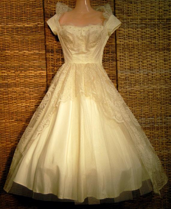Vintage Wedding Dresses Boston: Items Similar To 1950s Vintage PRISCILLA OF BOSTON