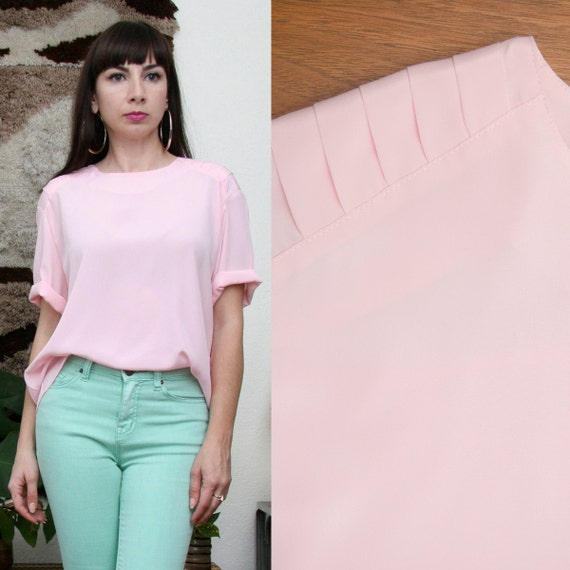 Vintage 80s Pale Pink Short Sleeve Blouse large