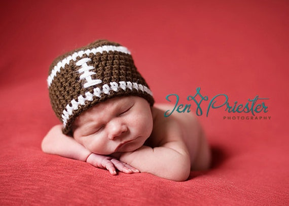 Download PDF crochet pattern 017 - Football beanie - Multiple sizes from newborn through age 4