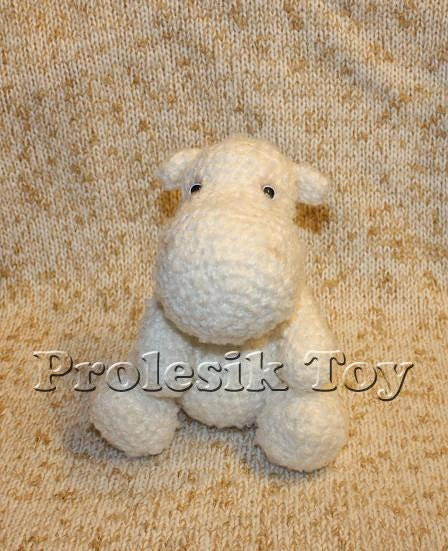Download PDF pattern 08 - Snow Hippo from BeezyMomsCreations on Etsy Studio