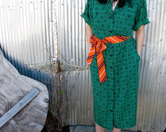 Vintage 1980s GREEN PREPPY Printed Poly DRESS