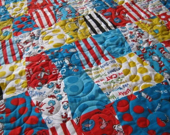 Dr Seuss Baby Quilt,The Cat in the Hat Nursery, Dr Seuss Baby Bedding, Gender Neutral Baby Quilt, Toddler Bedding