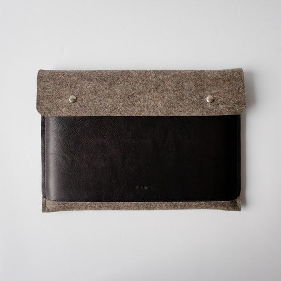 11 Inch MacBook Air Sleeve - Stone Pocket
