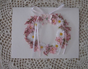 Blank Dogwood Daisy Wreath Card
