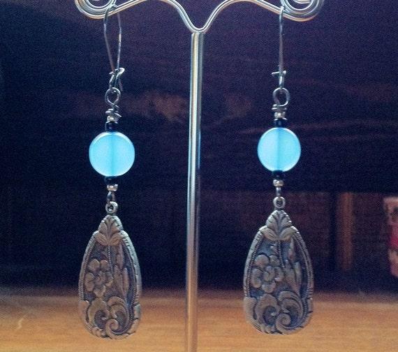 Cornflower Blue Floral earrings