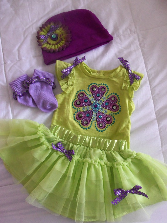 Baby green flower outfit