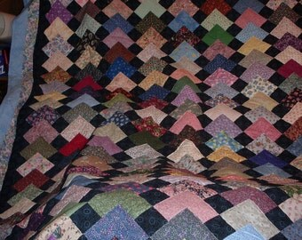 Lower Shipping!  Points of Interest Quilt, Patchwork Hand Quilted 83 x 99.  Reduced 75 Dollars.