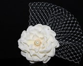 Light Ivory Gardenia with Swarovski Pearls With Russina Netting BRIDAL Hair Flower Bobby Pin, Wedding Flower Headpiece, Bridal Flower Clip