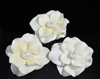 3 Small Ivory Bridal Flowers with Swarovski Pearls and Crystals Hair Pin / Clip, Comb, hair flowers, bridal fabric flower, wedding headpiece