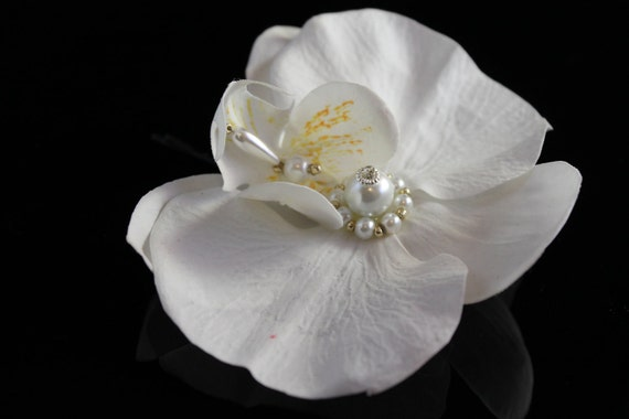 White ORCHID Bridal Hair Flower Clip / Comb / Bobby Pin with Swarovski Pearl Center