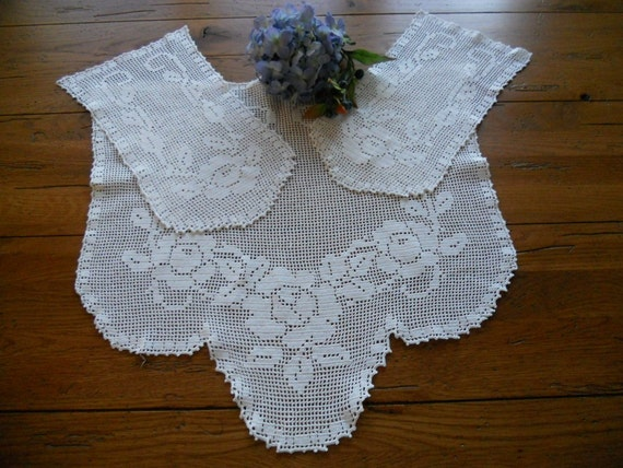 Vintage Filet Crocheted Arm Chair Doily Set