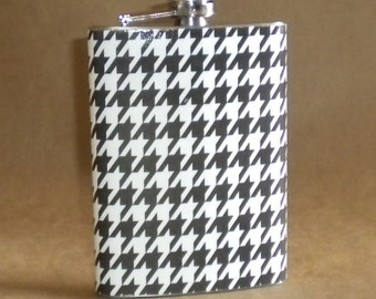 Flask Black and White Houndstooth Print Gift Flask 8 ounces KR2D 1459