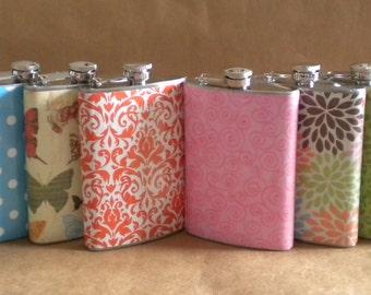Wedding Party Gift Flasks ANY 8 Print Designs Bridesmaids, Groomsmen, Sorority or Girls' Trip Gift Flasks