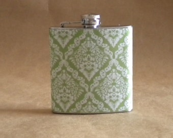 Wedding Party Gift Flask Green and White Victorian Diamond Print 6 ounce Stainless Steel Gift Flask KR2D 4247