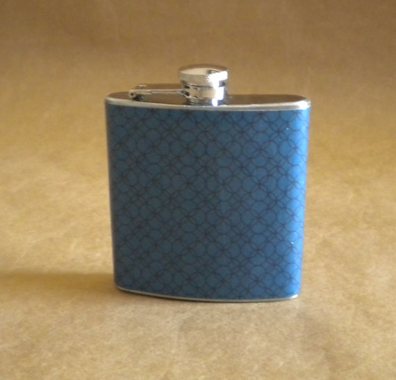 Sale Flask of Navy Blue Interlocking Circles Print 6 ounce Stainless Steel Gift Flask
