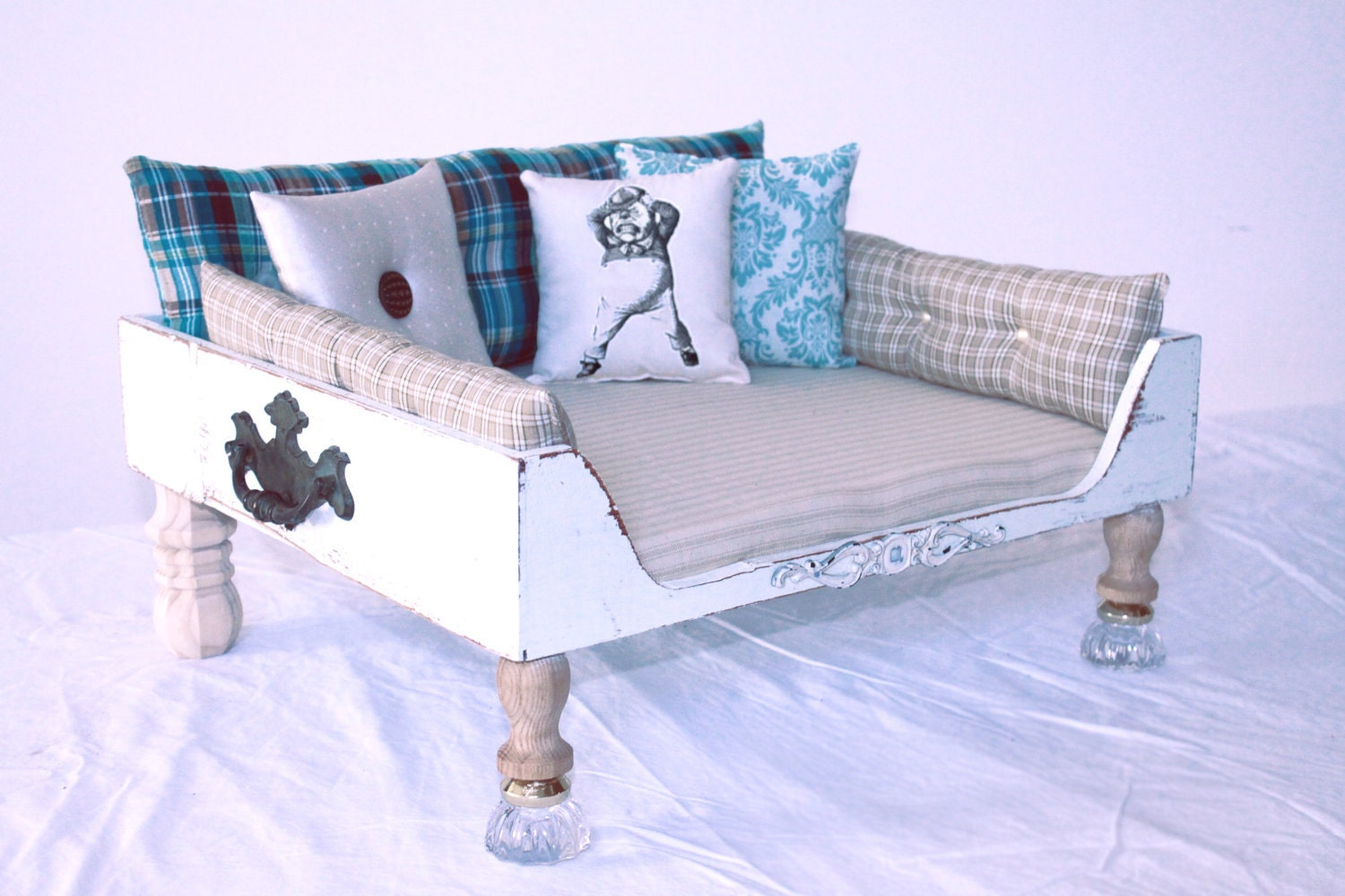 Items similar to dog bed bed cat bed vintage shabby for Shabby chic dog