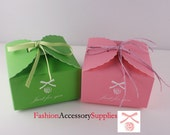 100pcs-High Quality Paper Gift Boxes, Cupcake, printed 'Just for you' 50 of each colors(H102)