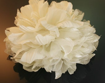 2pcs100mm Large Satin,Organdy flower for corsage,shoes,accessory etc.5colors(F230Ivory)