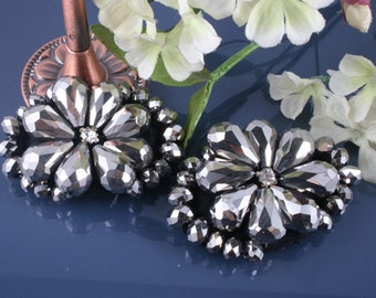 4pcs-55mm- Flower Biz on Felt With Glass,cubic For Accessory,Jewelry,Shoes,Art deco ETC.(A322)