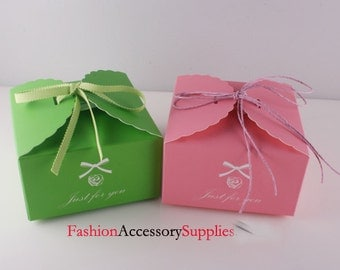 12pcs-High Quality Paper Gift Boxes,Cupcake, Printed 'Just for you'  6 of each colors(H102)