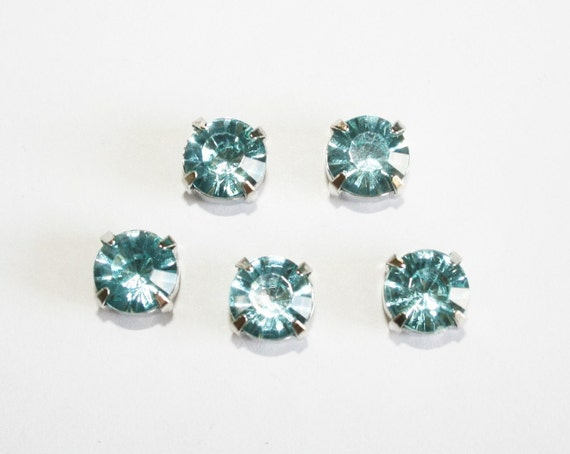 10pcs-10mm Fancy Round Cut  With Attachable Metal Wrap Light Blue(A166)