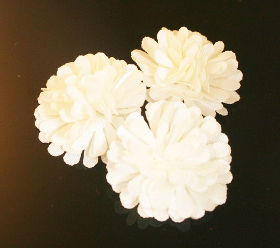 10Pcs-18mm 10Colors Small Satin Mum Flower (F219-Ivory)